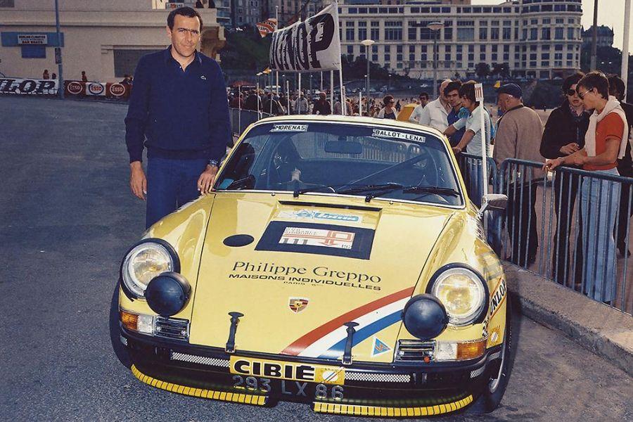 Claude Ballot-Lena next to his Porsche rally car