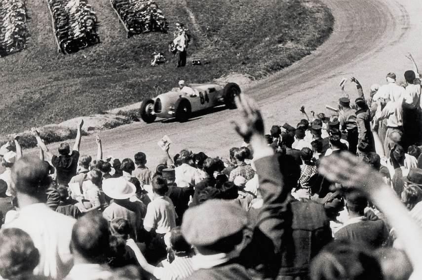Rosemeyer winning 1936 drivers championship