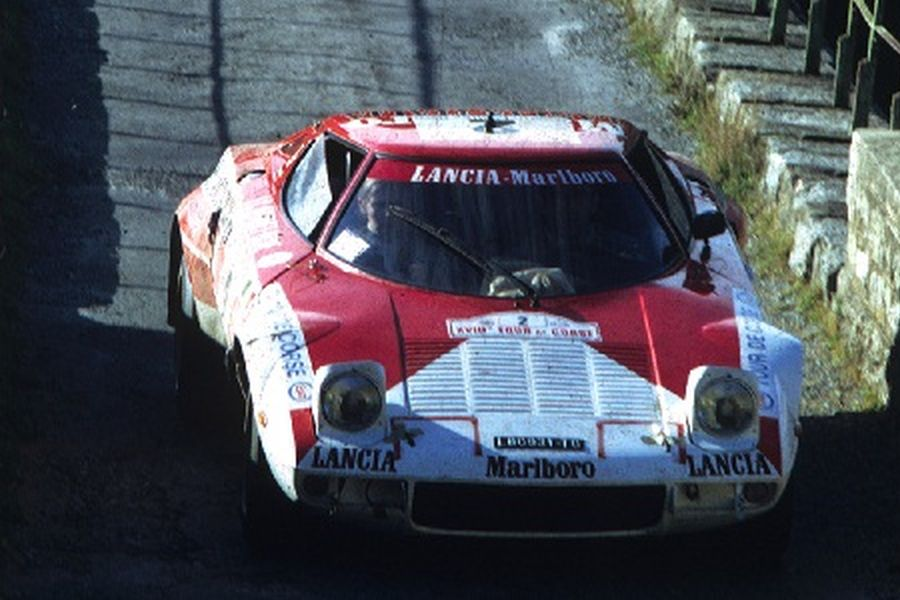 In 1974, Andruet and Biche won Tour de Corse with Lancia Stratos HF
