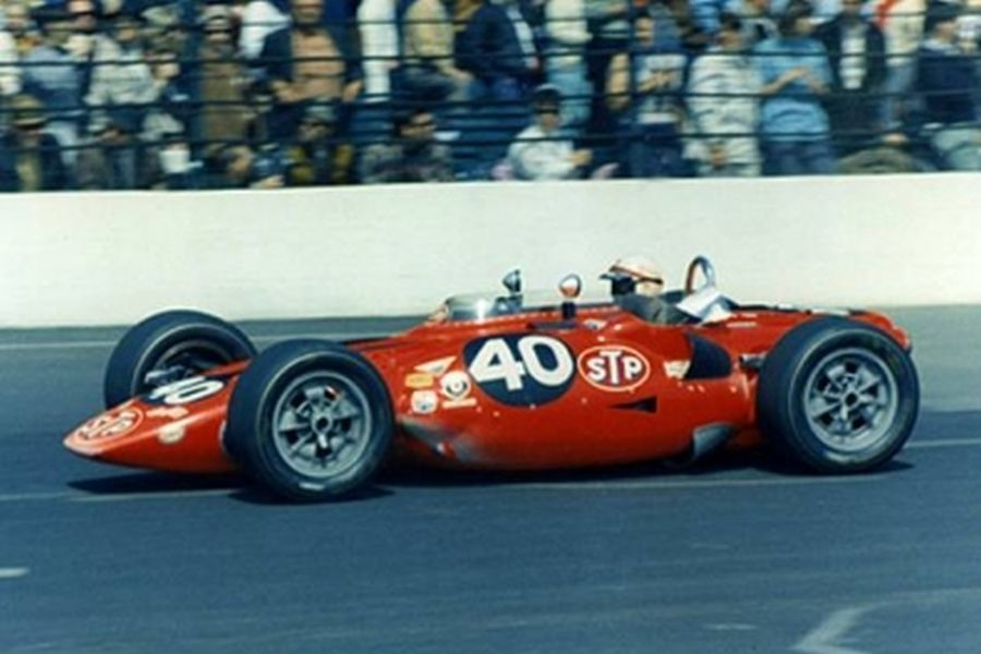 Parnelli Jones in the STP-Paxton turbine car