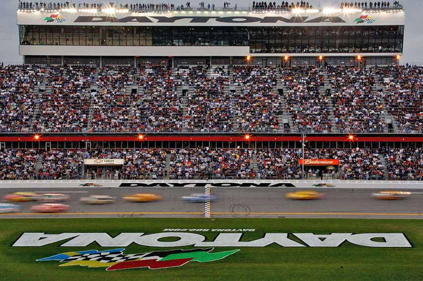 Modern race at the home of NASCAR
