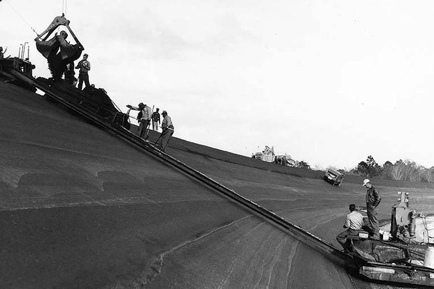 Construction of the Daytona International Speedway