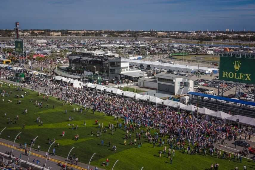 World famous Daytona International Speedway, Sprint Fanzone experience
