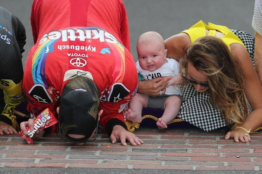 International Motor Speedway, Kissing the Bricks