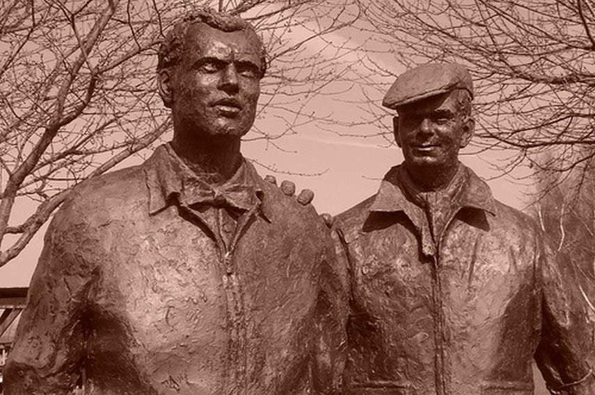Mike Hawthorn statue, Lofty England, Goodwood