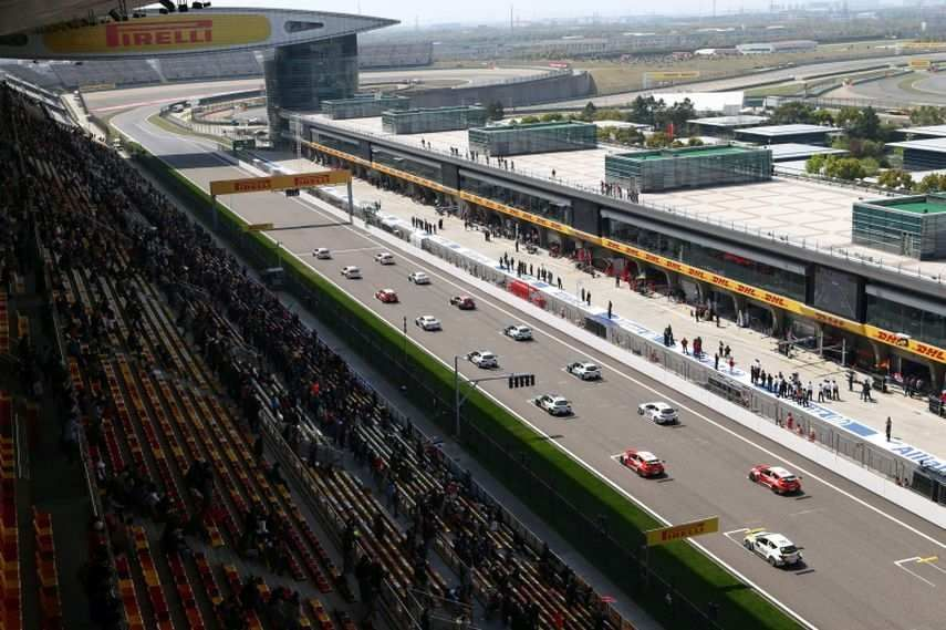 Shanghai International Circuit - main grandstand and the start/finish straight