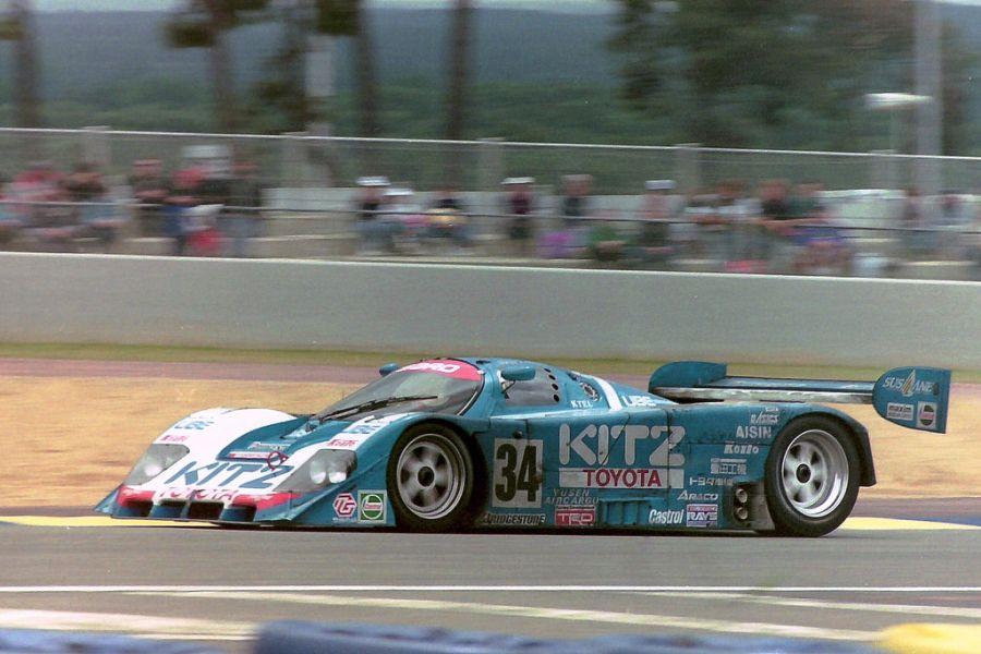 Eje Elgh's podium-scoring Toyota 92C-V at 1992 Le Mans 24 Hours