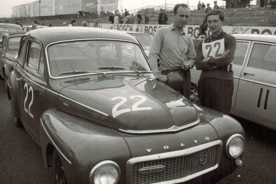 Herbert Schultze und Jochen Neerpasch were driving Volvo PV544 at Nurburgring in 1963