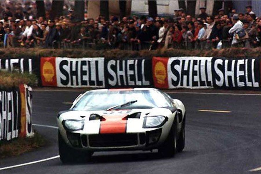 Jochen Neerpasch was driving the #60 Ford GT40 at 1966 Le Mans 24 Hours