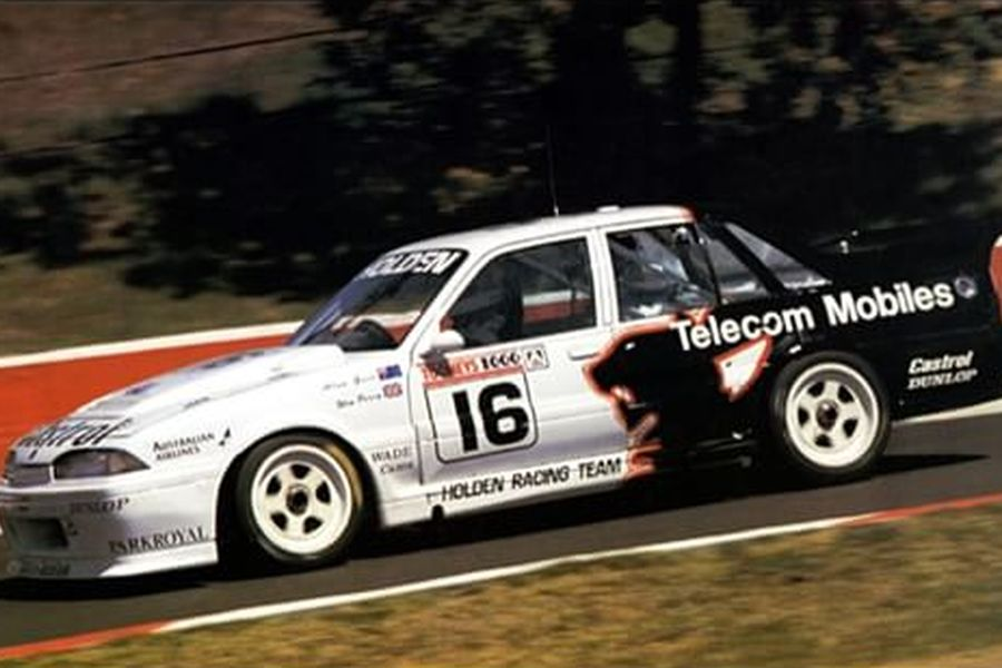 Win Percy's Holden Commodore at 1990 Bathurst 1000