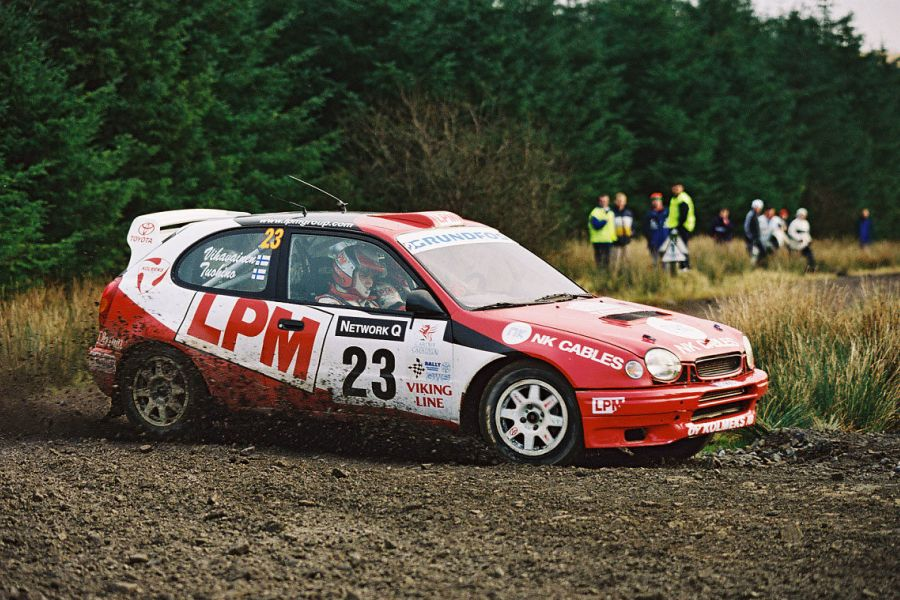 Janne Tuohino in a Toyota Corolla WRC at 2001 Rally GB