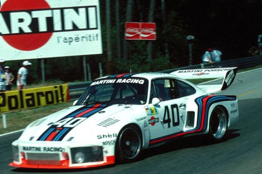Manfred Schurti and Rolf Stommelen were driving the #40 Porsche 935 at 1976 Le Mans 24 Hours