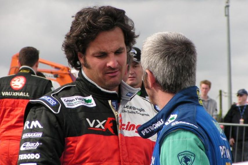 Yvan Muller, Vauxhall, BTCC