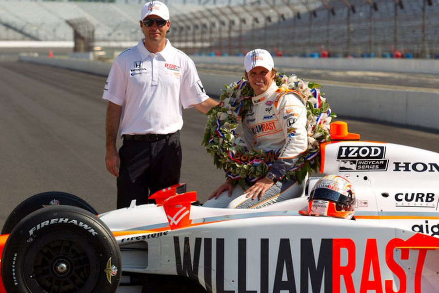 Bryan Herta and Dan Wheldon in 2011