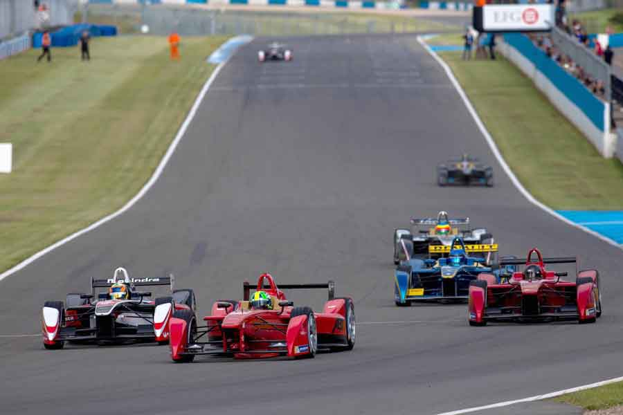 Donington Park formula 2017 race track racing news home