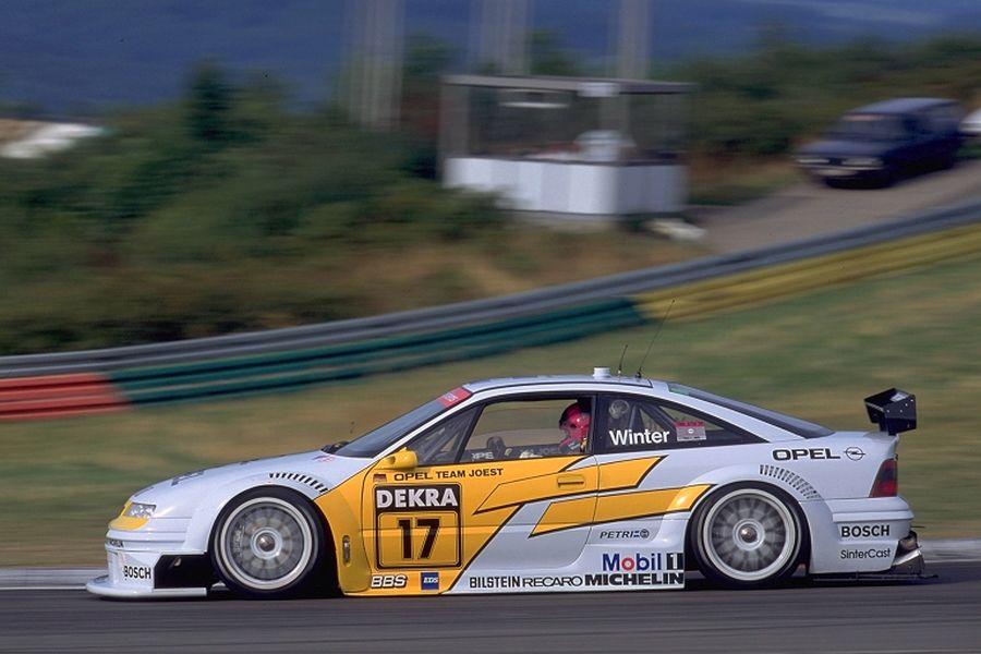 John Winter in the #17 Opel Calibra V6, 1994 DTM
