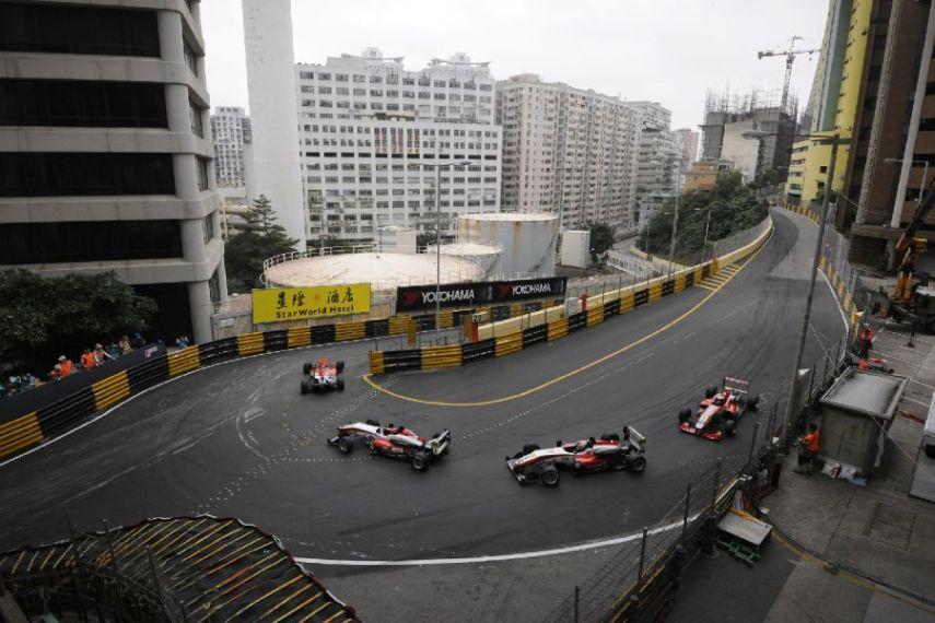 Racing at Guia Circuit, Melco hairpin
