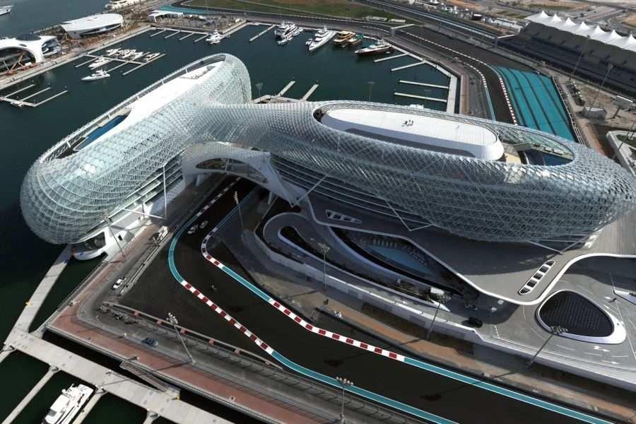 Yas Viceroy Abu Dhabi Hotel, Yas Marina Circuit