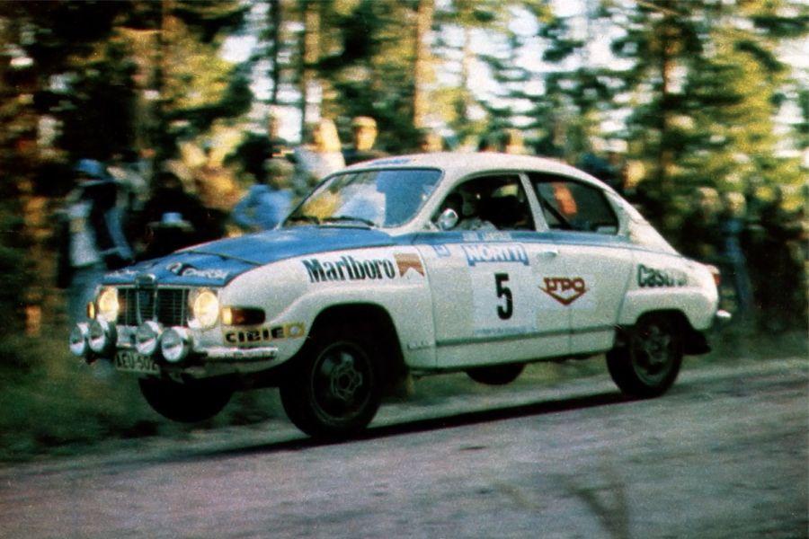 Simo Lampinen in a Saab 96 V4 at 1975 Rally Finland