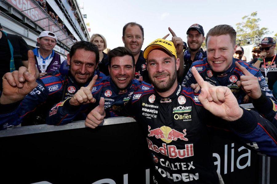 Shane van Gisbergen, 2016 V8 Supercars champion