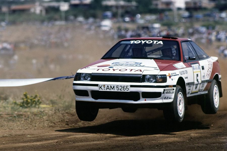 Toyota Celica GT-Four ST165 racing