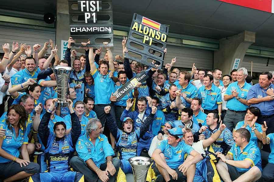 Renault formula team 2005
