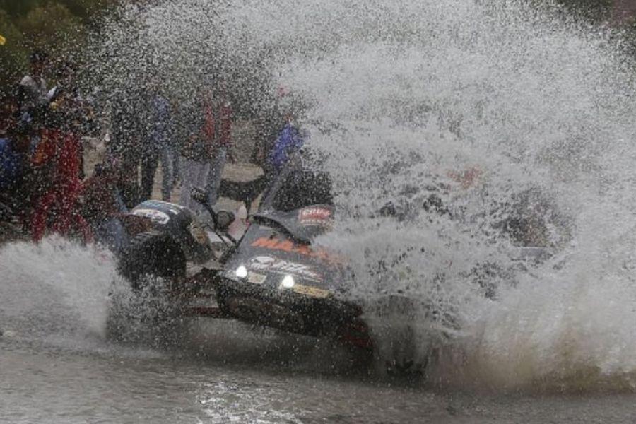 2017 Dakar Rally, Tim Coronel splash