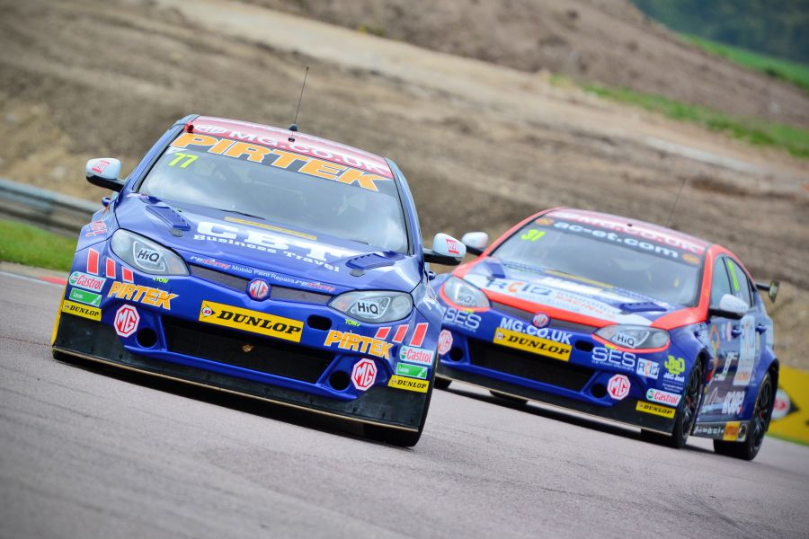 2015 BTCC MG Triple Eight Racing