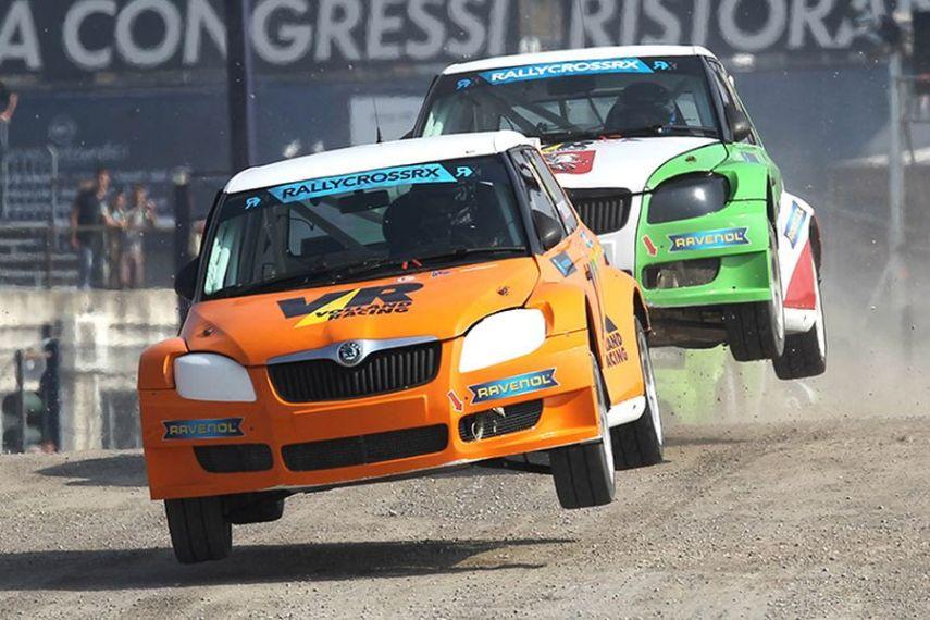 Volland Racing's Škoda Fabia S1600 cars in action