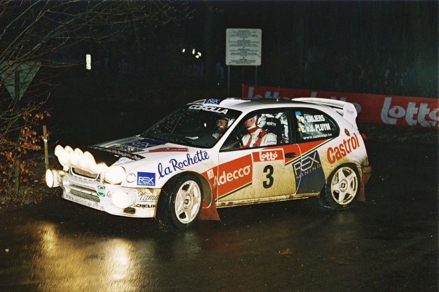 Patrick Snijers in a Toyota Corolla WRC, 2000