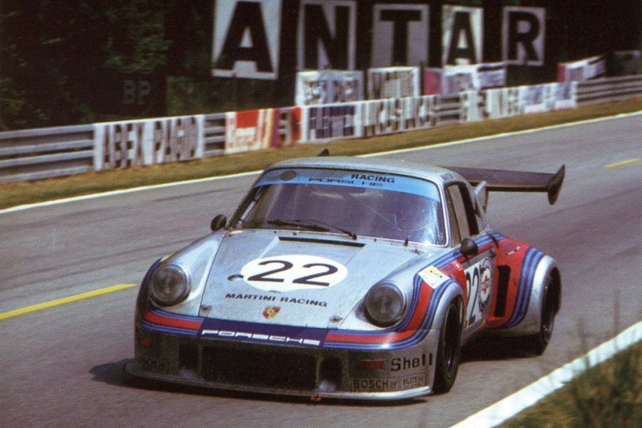 Herbert Müller and Gijs van Lennep were sharing the #22 Porsche 911 Carrera RSR Turbo at 1974 Le Mans 24h