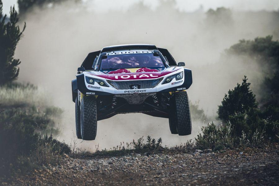 Peugeot 3008DKR Maxi test