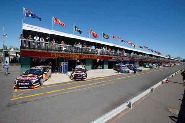 Hidden Valley Raceway pitlane