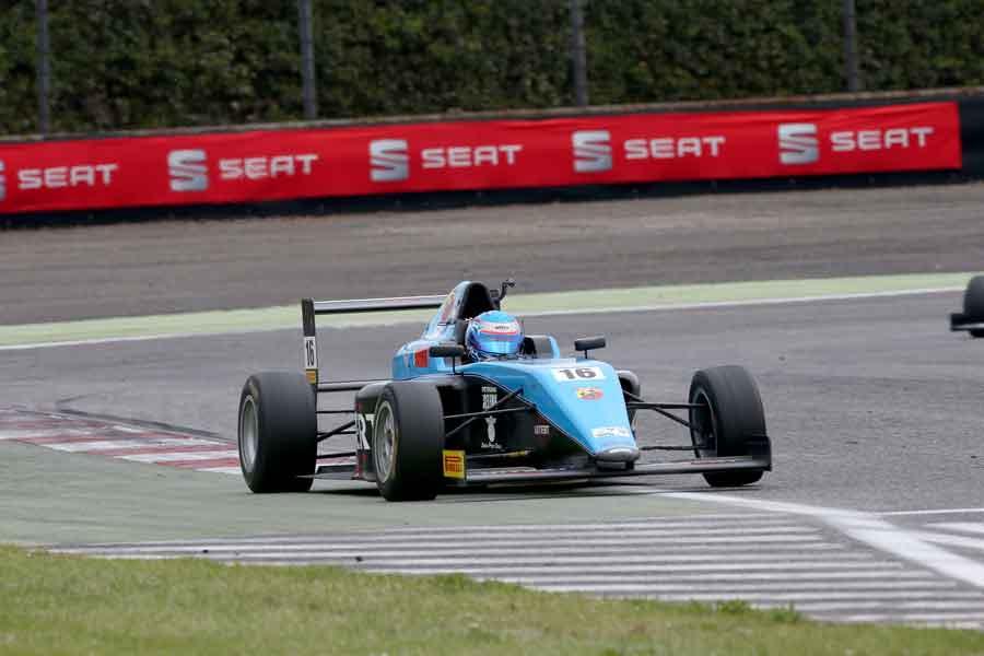 Motorsport formula arjun maini alessio lorandi twitter facebook news teams photos gp3 2017 grand prix