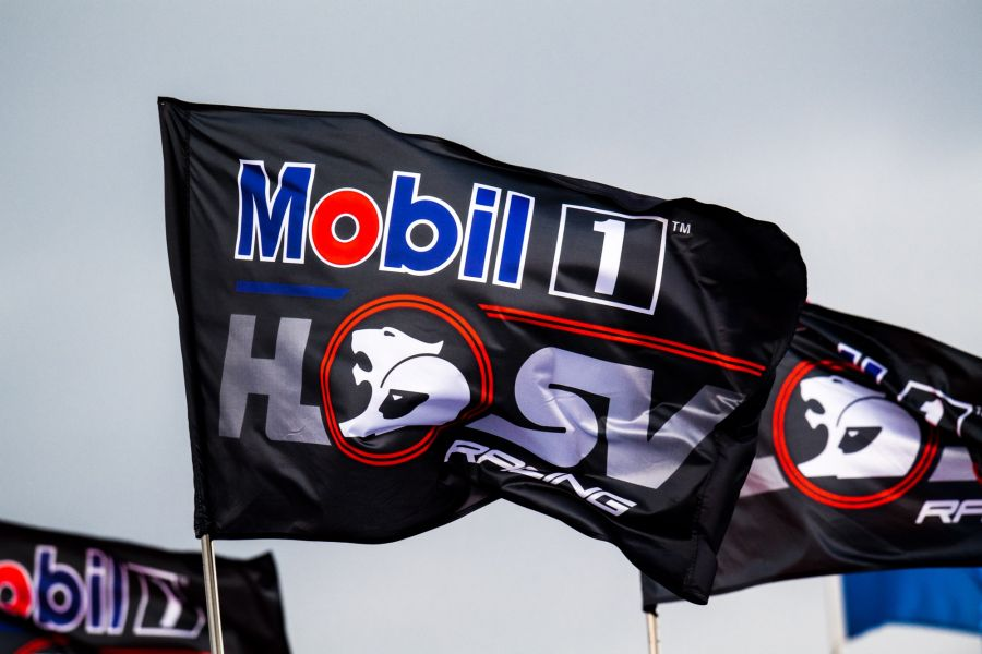 Mobil 1 HSV Racing, Walkinshaw Racing, 2017