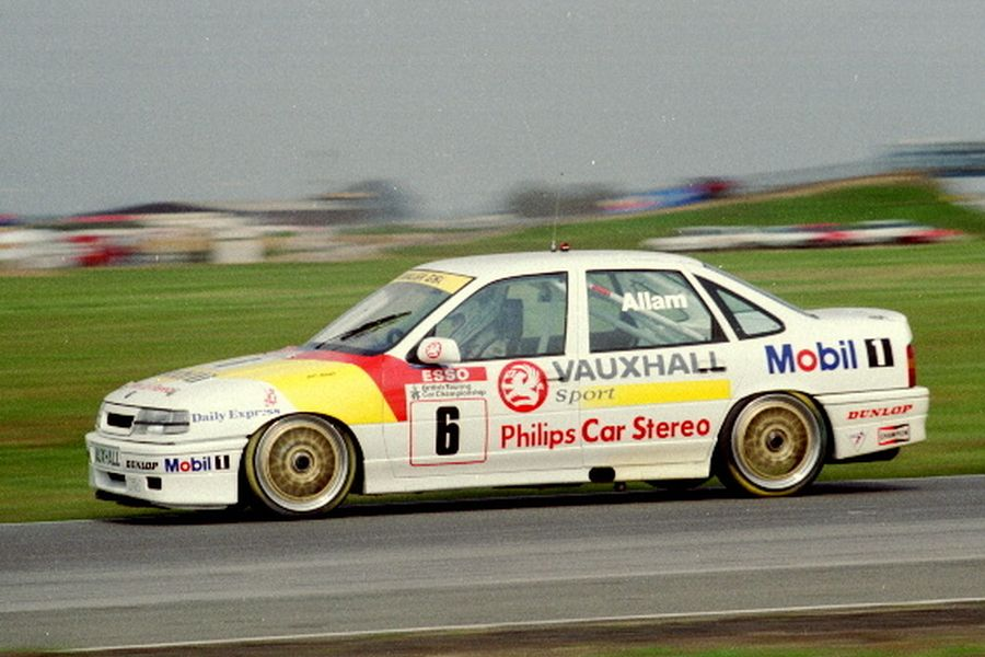 Jeff Allam was driving a Vauxhall Cavalier from 1991 to 1995