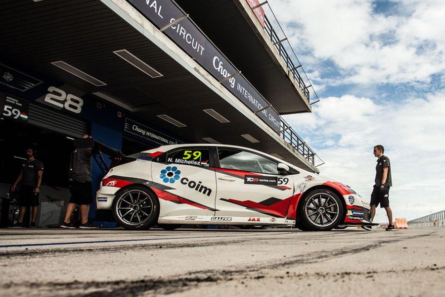 Norbert Michelisz wins the first race at Buriram