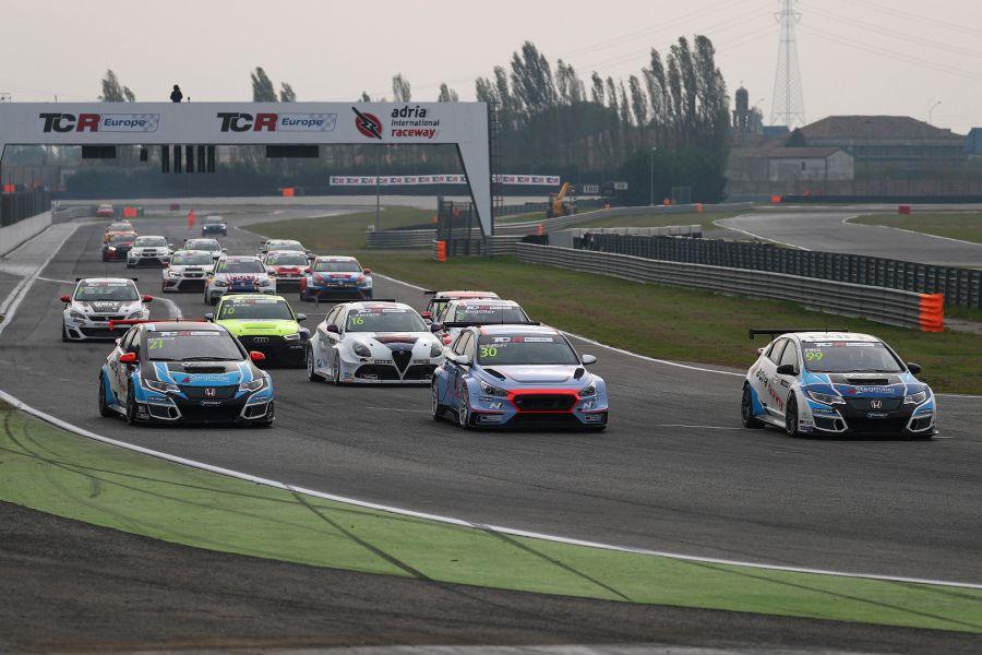 TCR Europe Trophy at Adria International Raceway
