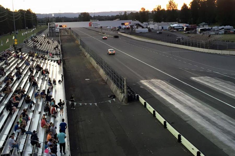 Cars racing at Portland International Raceway dragstrip