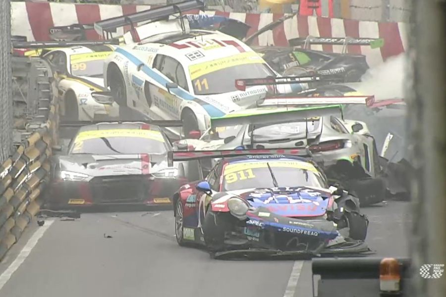 FIA GT World Cup Macau, Qualification race crash