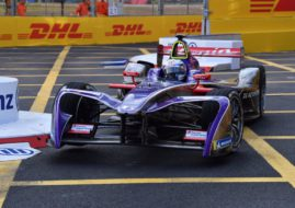 Sam Bird wins Hong Kong ePrix race 1