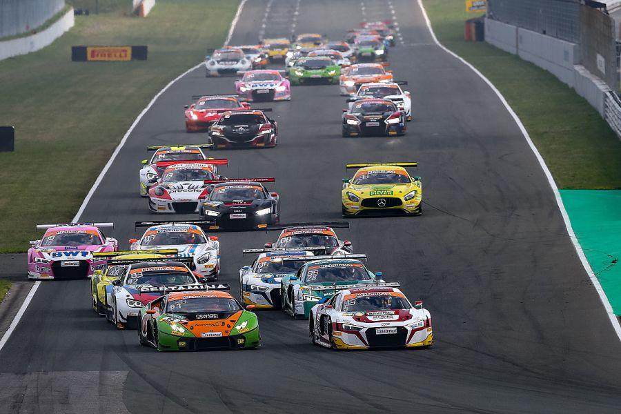 ADAC GT Masters, Oschersleben race 1 start