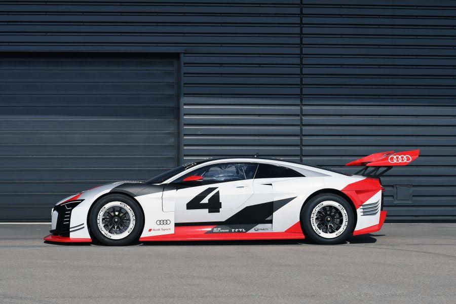 Audi e-tron Vision Gran Turismo, side view