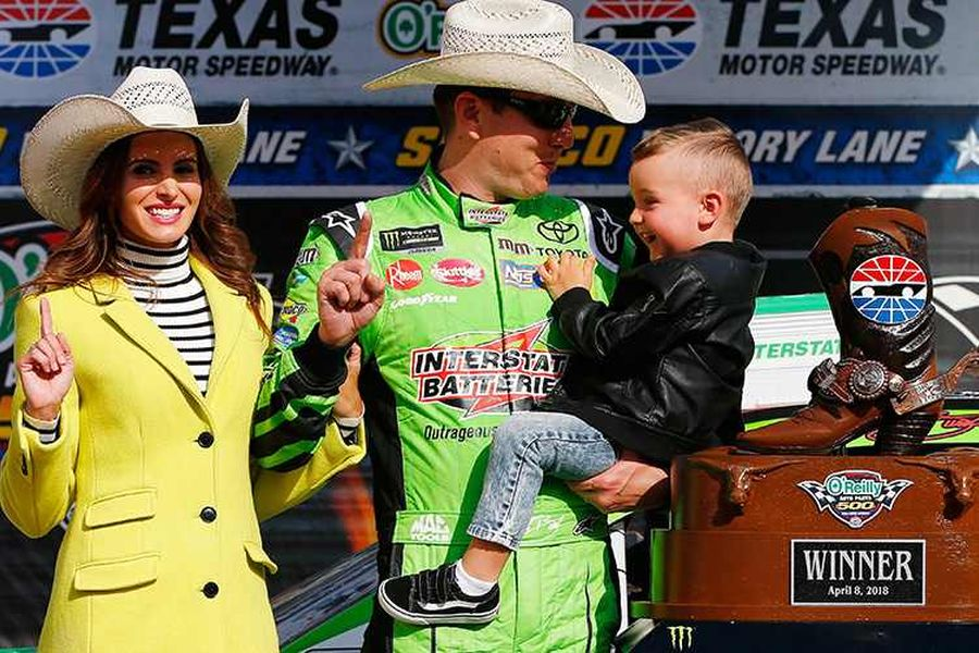 Kyle Busch wins the spring race in Texas
