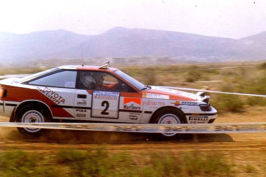 Carlos Sainz in the #2 Toyota Celica GT-4 at 1990 Acropolis Rally