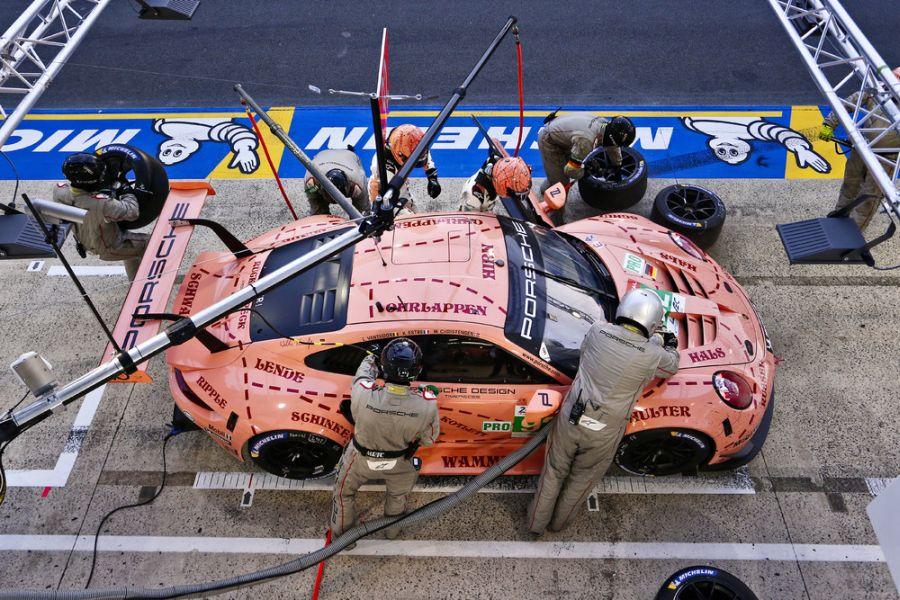 24 Hours of Le Mans, #92 Porsche Pink Pig