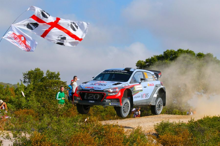 Thierry Neuville's victorious flight in 2016