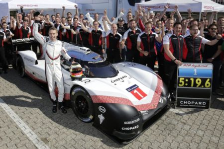 Timo Bernhard Porsche Nordschleife record