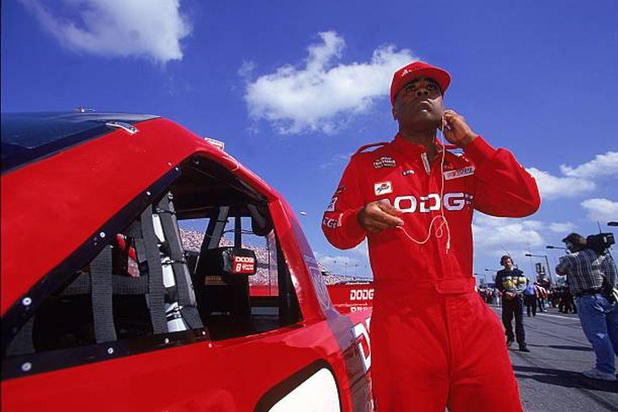 Willy T. Ribbs in 2001 NASCAR Truck Series season