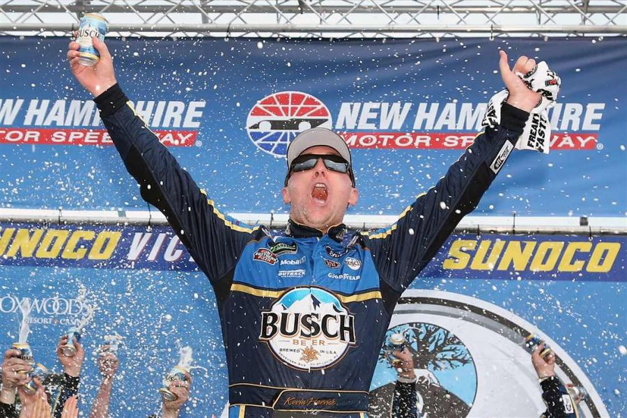 Kevin Harvick wins at New Hampshire Motor Speedway